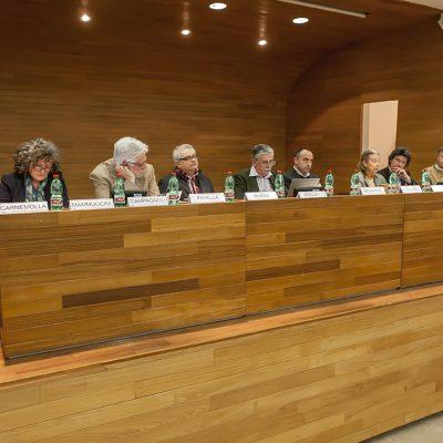 Relatori d'eccezione testimonieranno di realtà innovative per un modello agricolo ed economico per il futuro.