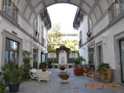hotel-piazza-bellini
